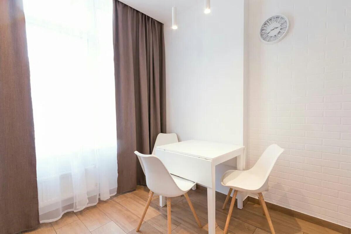 продам 1-комнатную квартиру Одесса, ул.Каманина - Фото 1